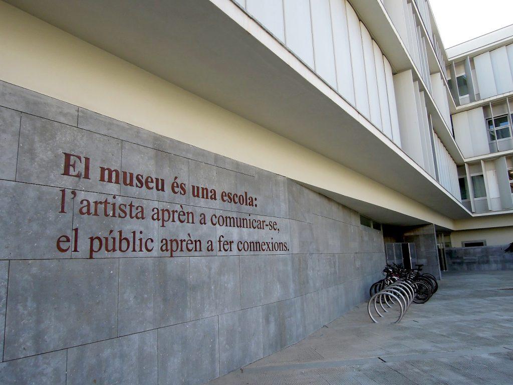 La instal·lació de Luis Camnitzer. FOTO: FEPTS-UdL